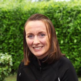 Mrs Elaine Yates